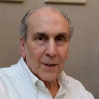 Dr. Carlos Thomas